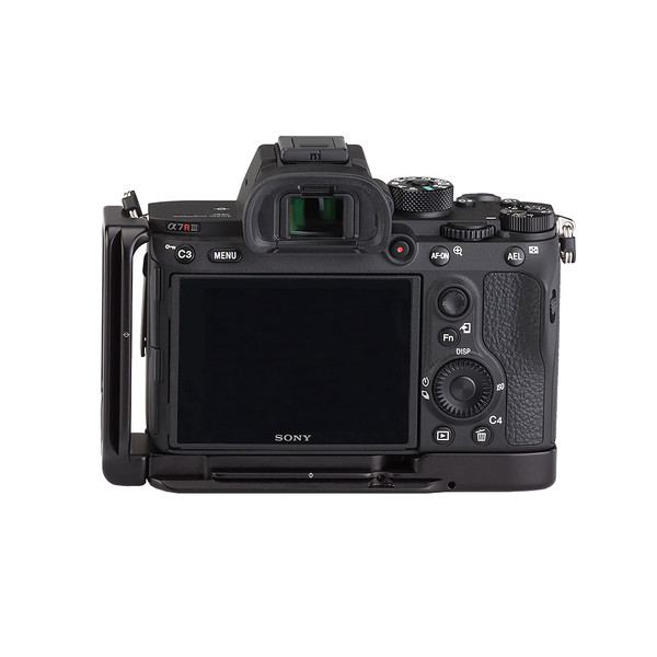 BA9 L-set on Sony a7R III - back view