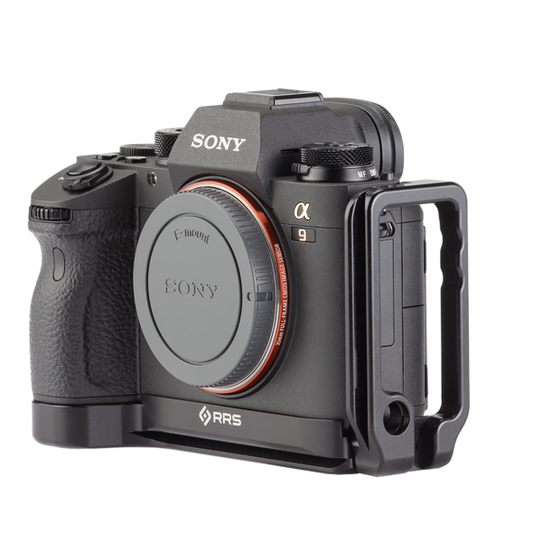 Alpha a9 plate with L-component attached to camera