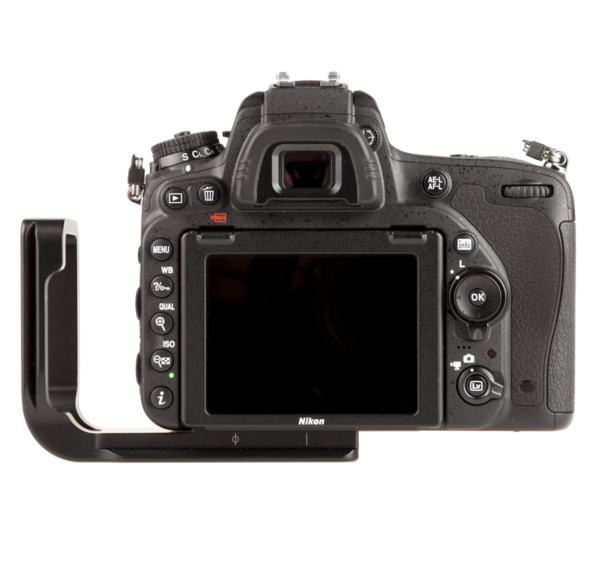 L-plate for Nikon D750 seen on camera back view extended