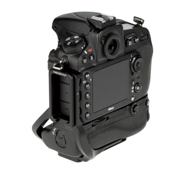 L plate for MB-D12 grip on the Nikon D810 - back diagonal view