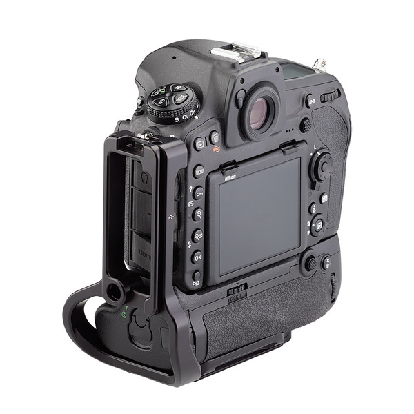 BMBD-18 battery grip plate for Nikon D850 - back view