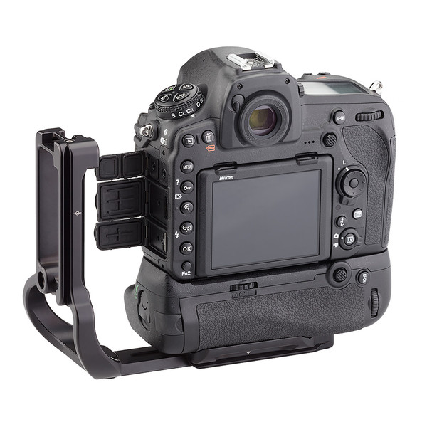 The BMBD-18 can be extended to allow for easier access to the battery ports