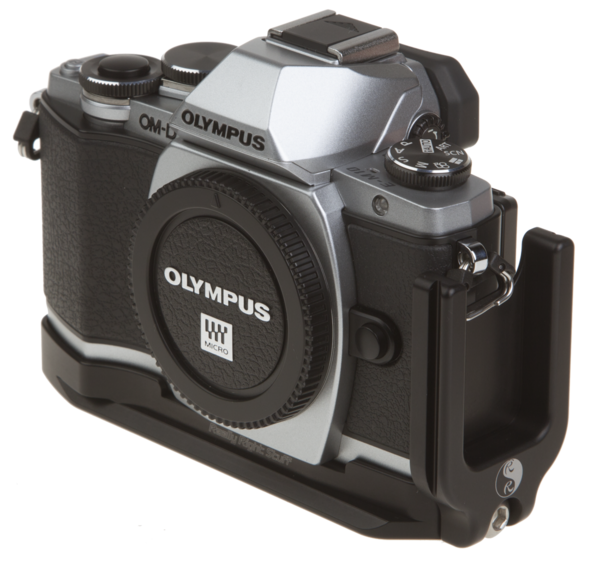 L-plate for Olympus OM-D E-M10 attached to camera
