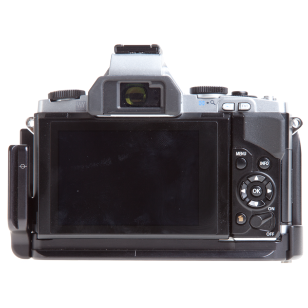 L-plate and grip for Olympus OM-D E-M5 seen on camera back view