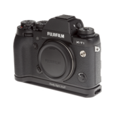 Plate for Fuji X-T1 attached to camera