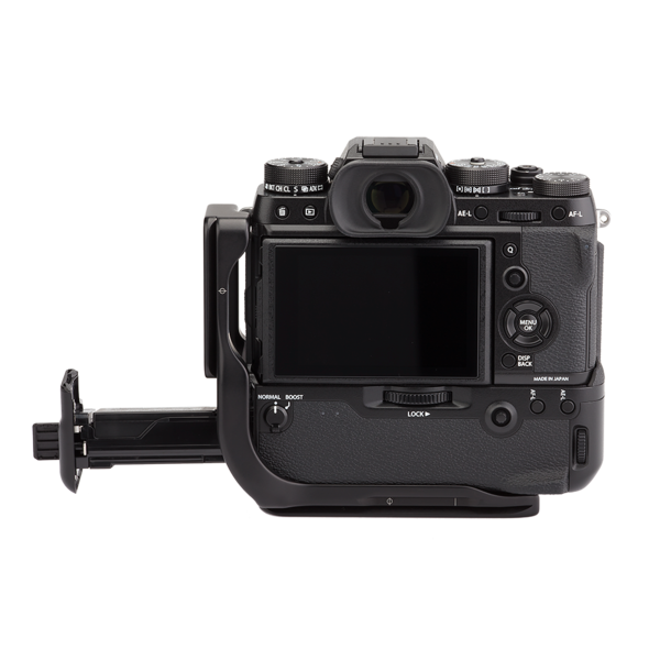 X-T2 gives full access to battery grip's battery port