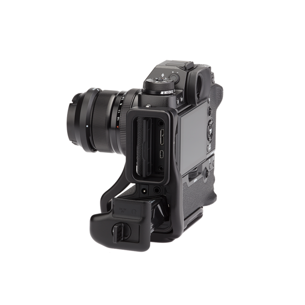 BXT2 Plates for Fuji X-T2 with L-component and battery grip seen on camera