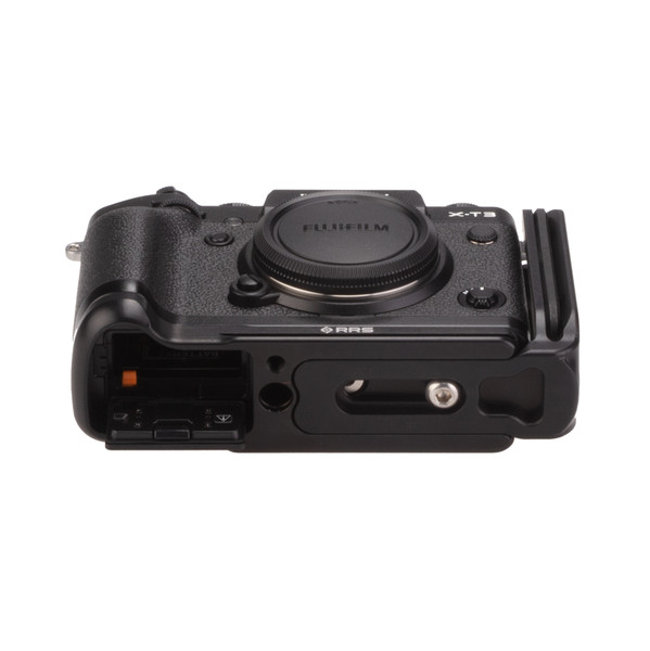 Fuji X-T3 with Really Right Stuff modular L-plate - bottom view