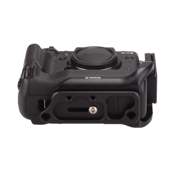 Fuji X-T3 Battery Grip with Really Right Stuff L-Plate - bottom view