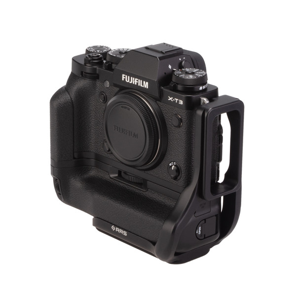 Fuji X-T3 Battery Grip with Really Right Stuff L-Plate - front angled view
