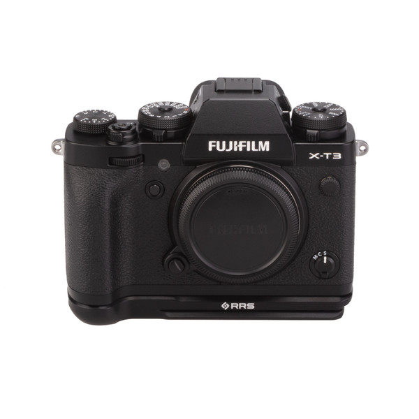 Fuji X-T3 with Really Right Stuff base plate - front view