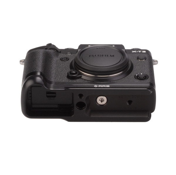 Fuji X-T3 with Really Right Stuff base plate - bottom view